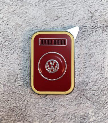 VW-Feuerzeug-T2-rot-beige-Detail-2