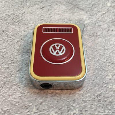 VW-Feuerzeug-T2-rot-beige-Detail-4