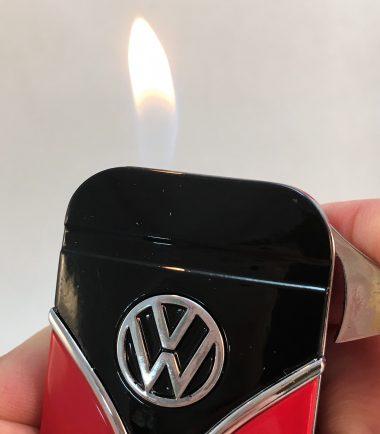 Geschenkset-Feuerzeug-Zigarettenetui-rot-schwarz-Detail-7