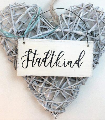 Holzschild-Stadtkind-Detail-1