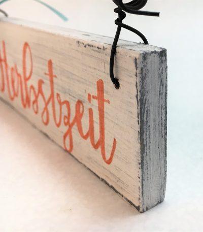 Holzschild-Herbstzeit-Detail-2