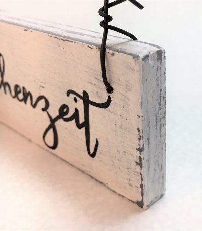 Holzschild-Plätzchenzeit-Detail-2