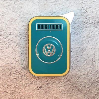 VW-Feuerzeug-T2-mint-beige-Detail-2