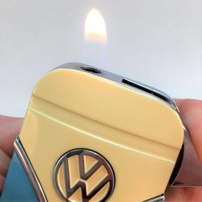 Geschenkset-Feuerzeug-Zigarettenetui-hellblau-beige-Detail-14