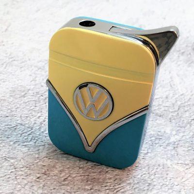 Geschenkset-Feuerzeug-Zigarettenetui-hellblau-beige-Detail-5