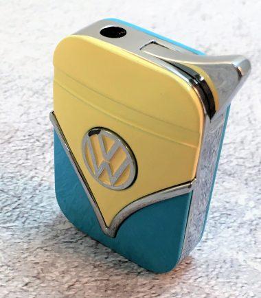 Geschenkset-Feuerzeug-Zigarettenetui-hellblau-beige-Detail-6