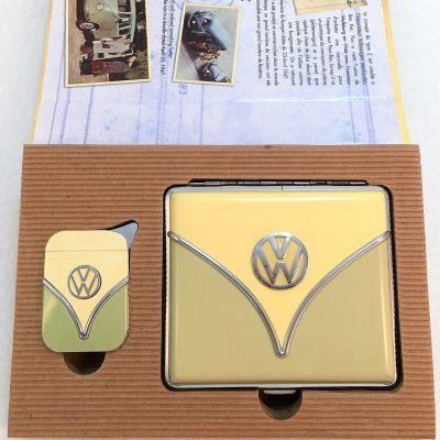 Geschenkset-Feuerzeug-Zigarettenetui-olive-beige-Detail-2