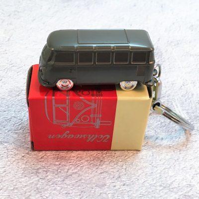 Schlüsselanhänger-Bus-dunkelsilber