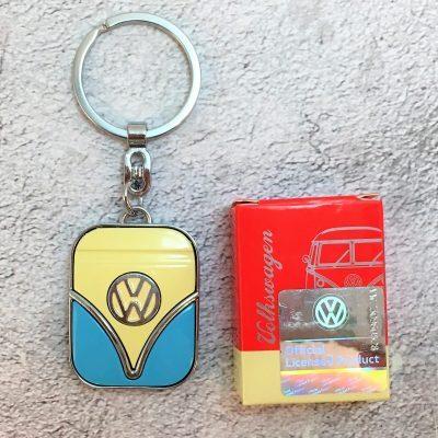 VW-Schlüsselanhänger-Samba-beige-hellblau