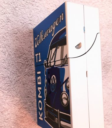 VW-Zigarettenbox-Alu-Bus-blau-Detail-4