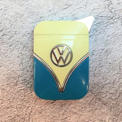 VW-Feuerzeug-Samba-blau-beige-Detail-2