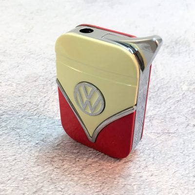 VW-Feuerzeug-Samba-rot-beige-Detail-5