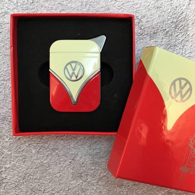 VW-Feuerzeug-Samba-rot-beige