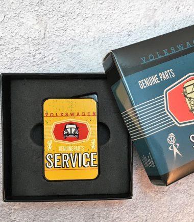 VW-Feuerzeug-Service-Käfer-gelb-Detail-8