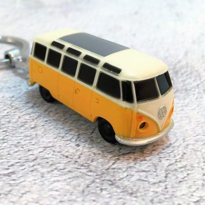VW-Schlüsselanhänger-Bulli-gelb-Detail-1