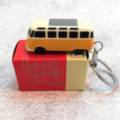 VW-Schlüsselanhänger-Bulli-gelb-Detail-3