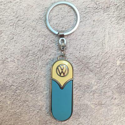 VW-Schlüsselanhänger-Samba-schmal-hellblau-beige-Detail-5