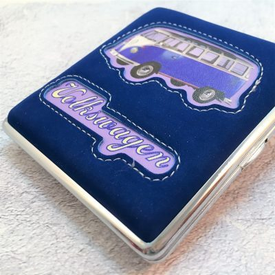 VW-Zigarettenetui-Bus-Kunstleder-blau-Detail-7