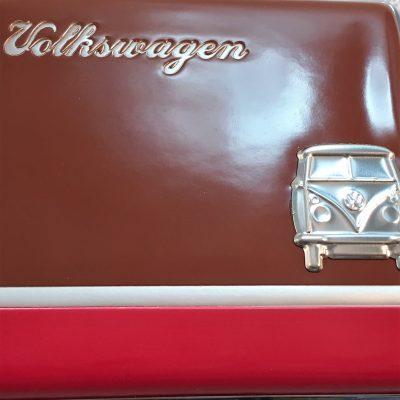 VW-Zigarettenetui-Bus-Metall-braun-rot-Detail-6
