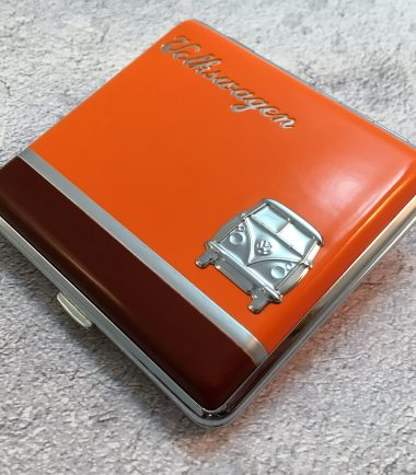 VW-Zigarettenetui-Bus-Metall-orange-braun-Detail-6