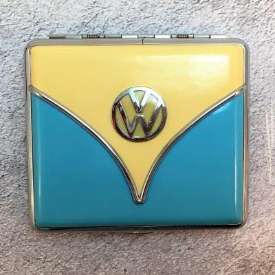 VW-Zigarettenetui-Samba-hellblau-beige-Detail-10