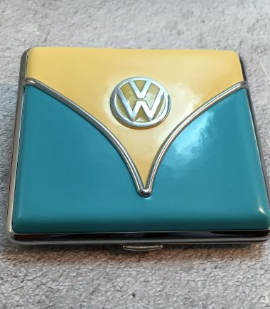 VW-Zigarettenetui-Samba-hellblau-beige-Detail-9