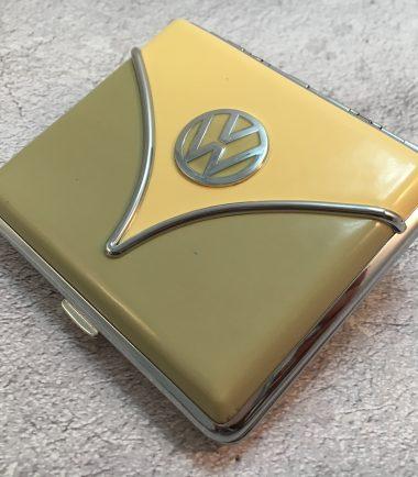 VW-Zigarettenetui-Samba-olive-beige-Detail-9