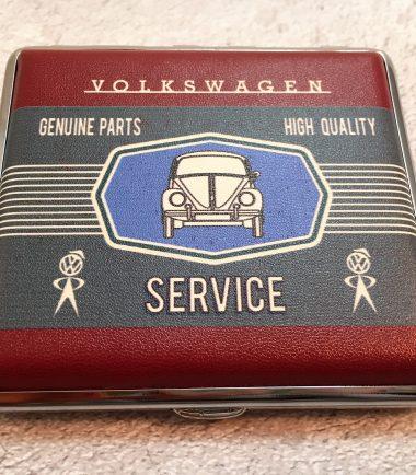 VW-Zigarettenetui-Service-Käfer-rot-grau-Detail-2